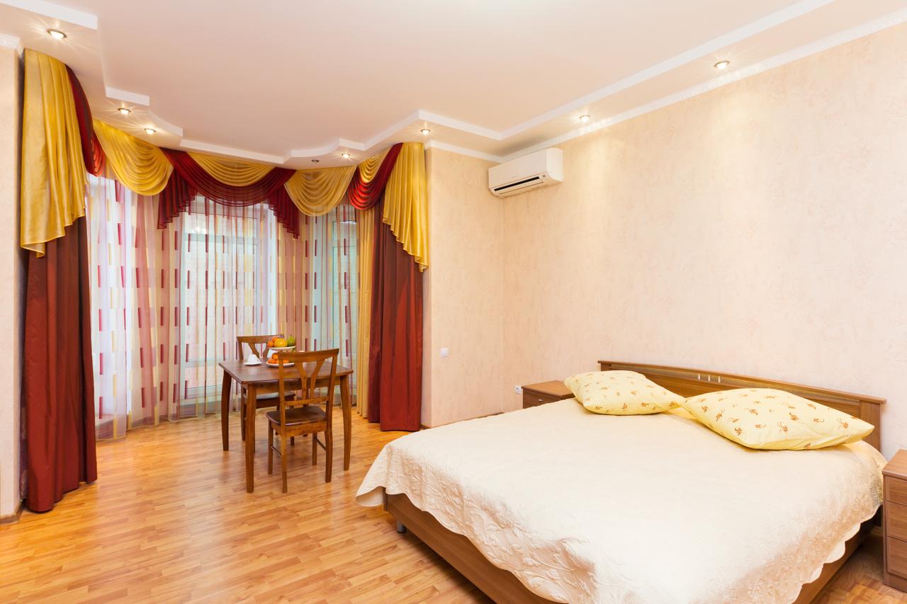 Гостиницы Самары недорого в центре с завтраком, адреса