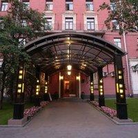 Гостиница Максима Заря в Москве