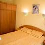 Отель Джемете, Трёхместный двухкомнатный улучшенный номер с 1 кроватью, фото 31