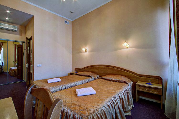 гостиница элегия на рубинштейна 18 мини-отель