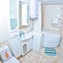 Апартаменты Волшебный край, Улучшенные апартаменты с угловой ванной, фото 46