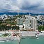 апарт-отель Бревис, Вид на комплекс с берега, фото 9