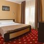 Гостиница Золотой Берег, 2х комнатный Люкс с видом на море Спальня, фото 5